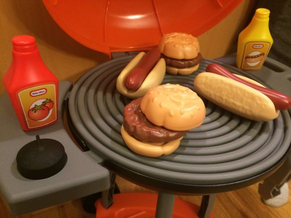 Little Tikes Grill Food