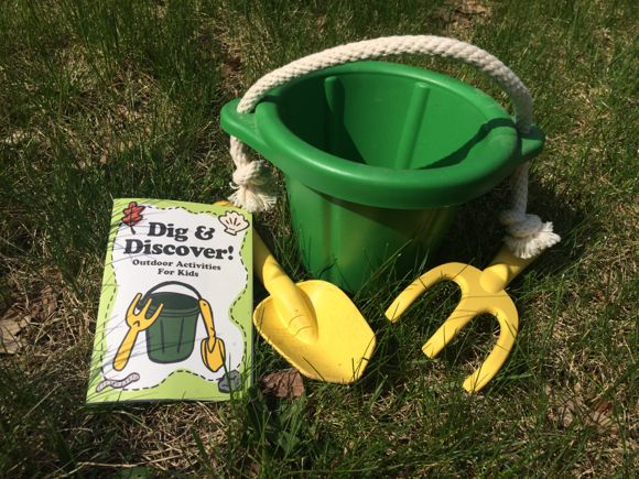 Green Toys Dig and Discover Set