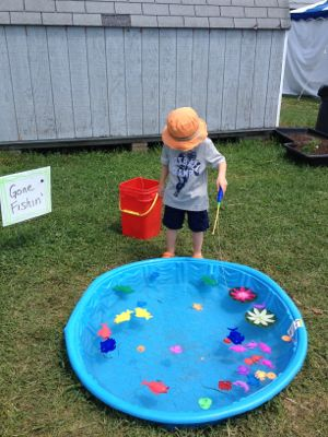 Here is an example of a kiddie pool fishing pond that we played with at the Warren County Fair.