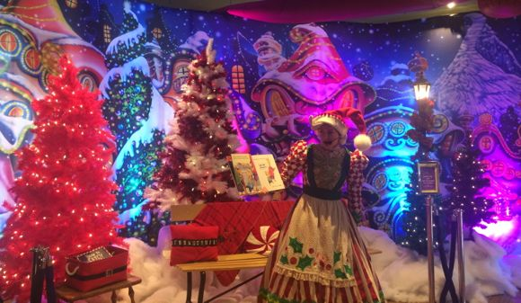 Hersheypark Holiday Storytime
