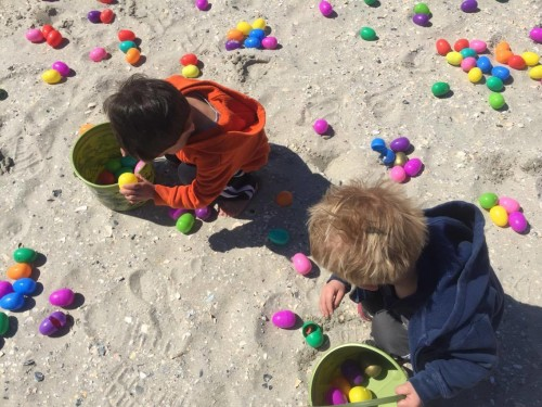 egg hunt on the beach