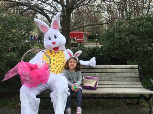 Watchung Plaza Easter Egg Hunt