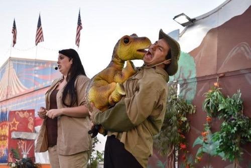 Dinosaur at State Fair Meadowlands