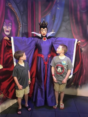 the Evil Queen at Story Book Dining